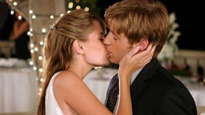 Ryan and Marissa kiss, The OC season 1