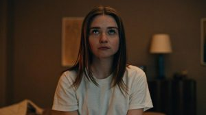 TEOTFW, Alyssa in The End Of The F***ing World